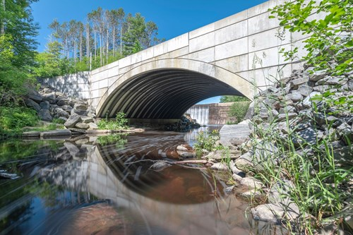 Building bridges with composites