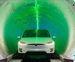 Elon Musk teases Vegas Hyperloop tunnel for 2020