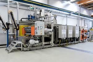 Berndorf Band组改善了用于高速热塑性生产的模块化双带压力系统