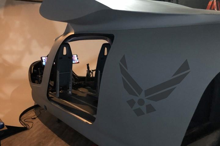 Beta Technologies的ALIA模拟器在该公司的华盛顿特区设施。