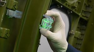 Virtek Iris ActiveTack:将激光投射移动到您的工具