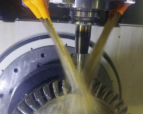 En la foto se aprecia el mecanizado del blisk que se produce en la planta de Honeywell de Chihuahua, que es enviado a la planta de Phoenix para su ensamble final.