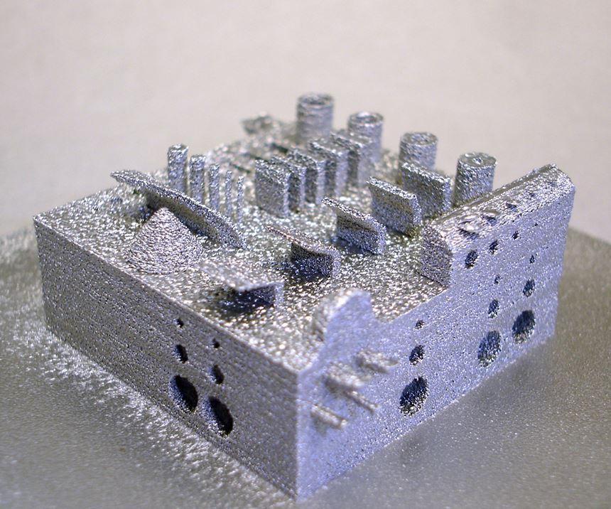 Demostración de componente conpolvo de hierro producido por Selective Electron Beam Melting. (Diseño de Agent-3D). Foto: Fraunhofer IFAM Dresden.