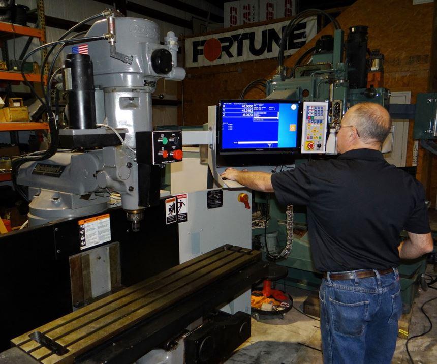 La empresa norteamericana Centroid CNC ha registrado varias actualizaciones exitosas de máquinas-herramienta que, con nuevos sistemas CNC e interfaces intuitivas, aceleran las configuraciones y minimizan la posibilidad de errores de programación y/o configuración, lo que podría dañar una pieza de trabajo de alto valor. Foto: Centroid.