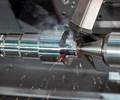 Sistemas de herramientas y un eje B para un torneado en 360 grados
