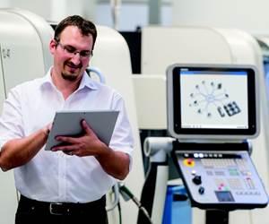 Varios grupos de trabajo de MES / MOM (Sistema de ejecución de fabricación / Gestión de operaciones de fabricación) están sentando las bases para la digitalización de plantas industriales. Foto: Maschinenfabrik Reinhausen.