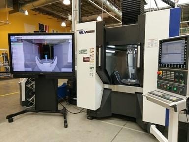 En una demostración organizada por Step Tools (Troy, Nueva York), se midió el gemelo digital de una parte que se estaba mecanizando en un centro de mecanizado Hyundai Wia para garantizar la calidad durante el proceso de remoción de metal