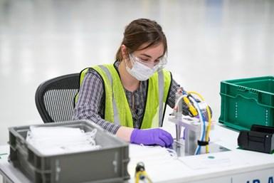 GM está expandiendo su apoyo a la producción de equipos médicos al convertir temporalmente su planta de Warren, Michigan, para construir máscaras quirúrgicas de Nivel 1.