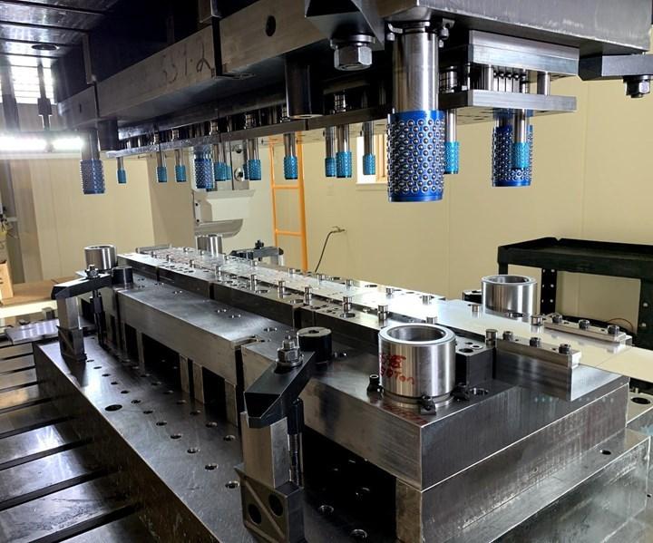 Otto Engineering fabrica troqueles compuestos y progresivos, como este.