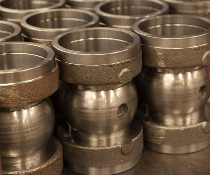 Para piezas que requieren dos o tres operaciones de montaje, la tecnología de máquina multitarea Mazak, de Ketchie, con herramientas motorizadas, ayuda a reducir tanto las operaciones de montaje como los tiempos de ciclo de mecanizado.