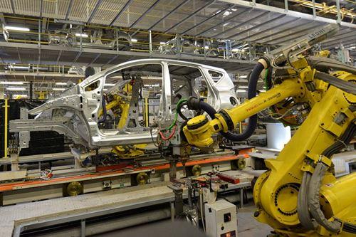 Para el periodo enero-abril de 2021, la producción total de vehículos ligeros en México fue de 1,090,304 unidades