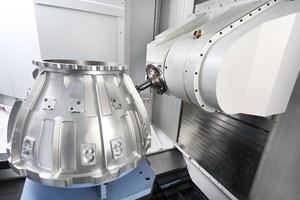 Elnuevo modelode Doosan Machine Tools incorpora una función de torneado y ofrece un espacio más reducido al eliminar el cambiador de pallets.