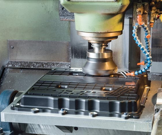 vertical milling machine in action