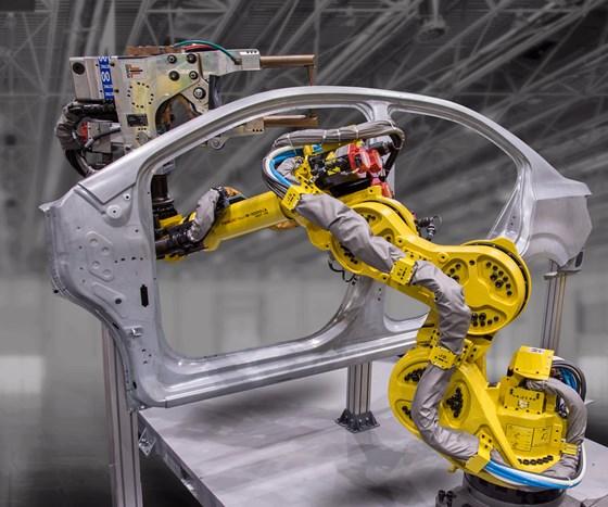 FANUC R-1000iA robot