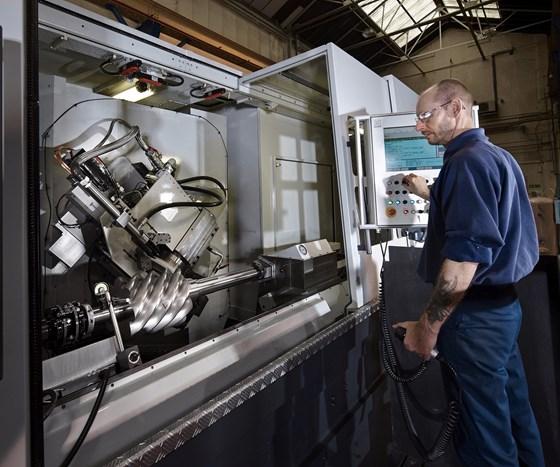 Holroyd Precision's TG 350 rotor grinding machine