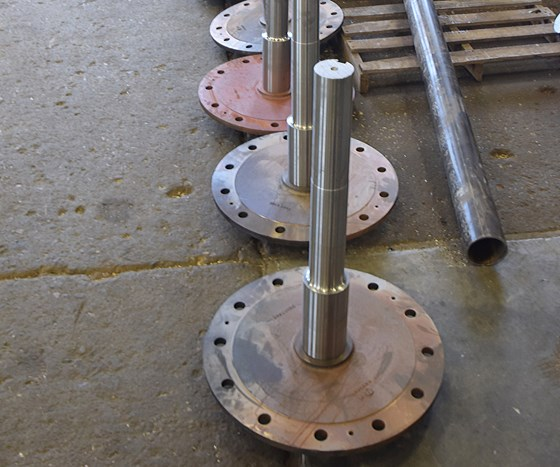 Large, flanged shafts