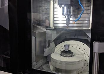 Makino D200Z five-axis machine