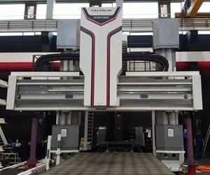 A large Taurus vertical milling machine incorporates hydrostatic ways.