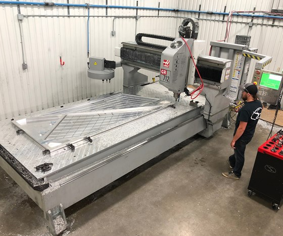 Haas GR 712 gantry router at Flying S