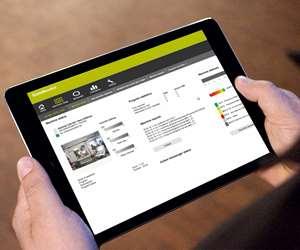Heidenhain's StateMonitor machine-monitoring application viewed on a mobile device.