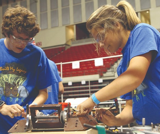 Mastercam is supporting the National Robotics League