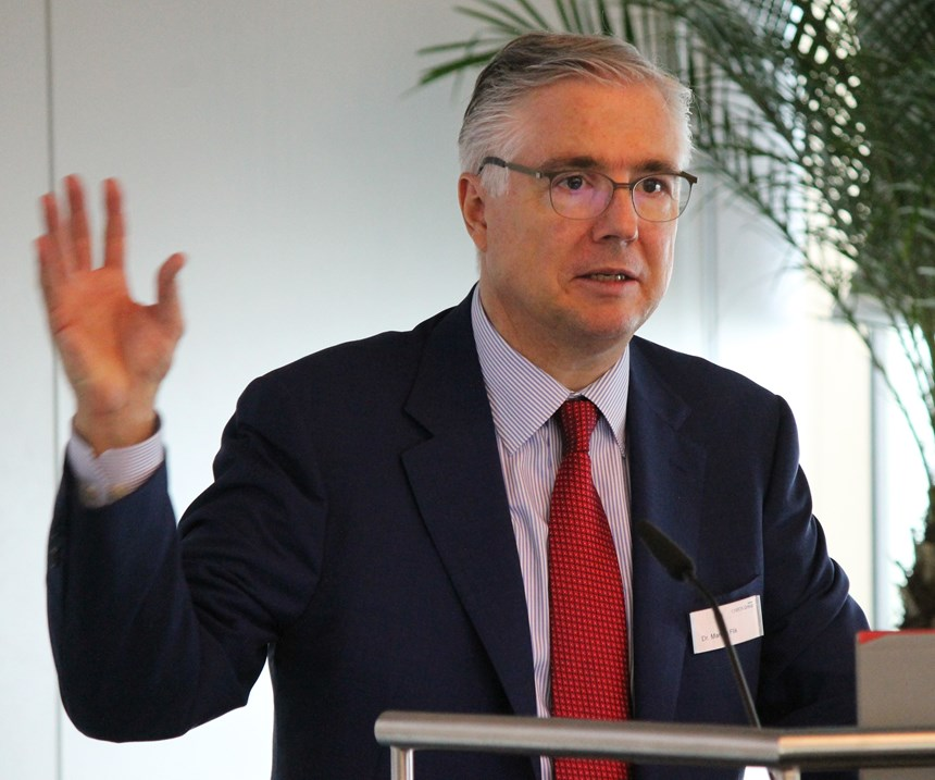 Markus Flik, Chairman of the Executive Board of the Chiron Group