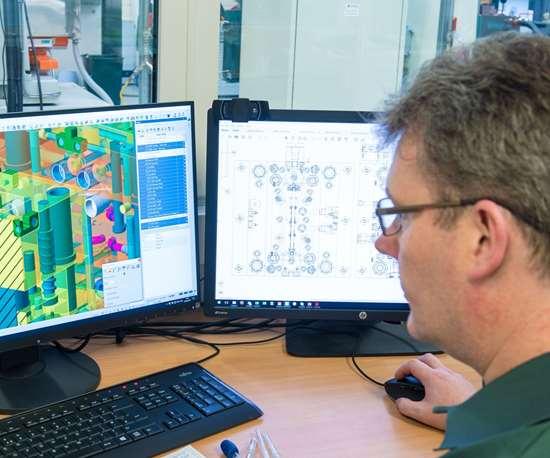 Brendan Feely using Visi software