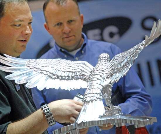 Hermle Eagle