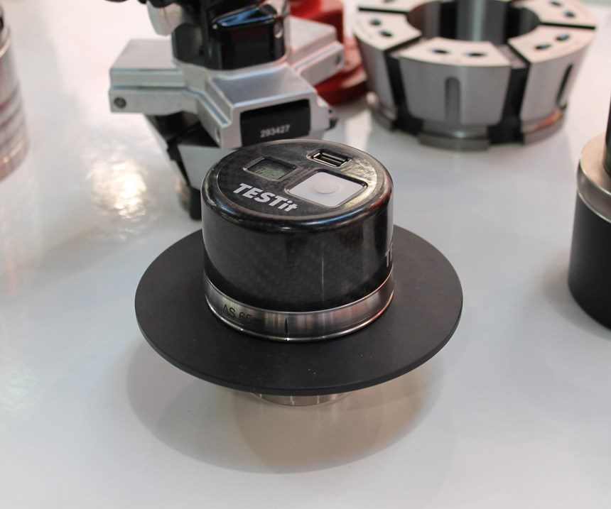 Hainbuch's TESTit clamping force gauge measures the effective clamping force in real time.