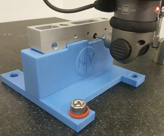 Bearing block setup on the 3D-printed CMM fixture