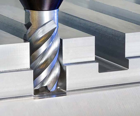 There's no need to sacrifice accuracy in favor of rigidity, or vice versa. New interchangeable solid carbide cutting tools achieve both while offering thousands of potential combinations.