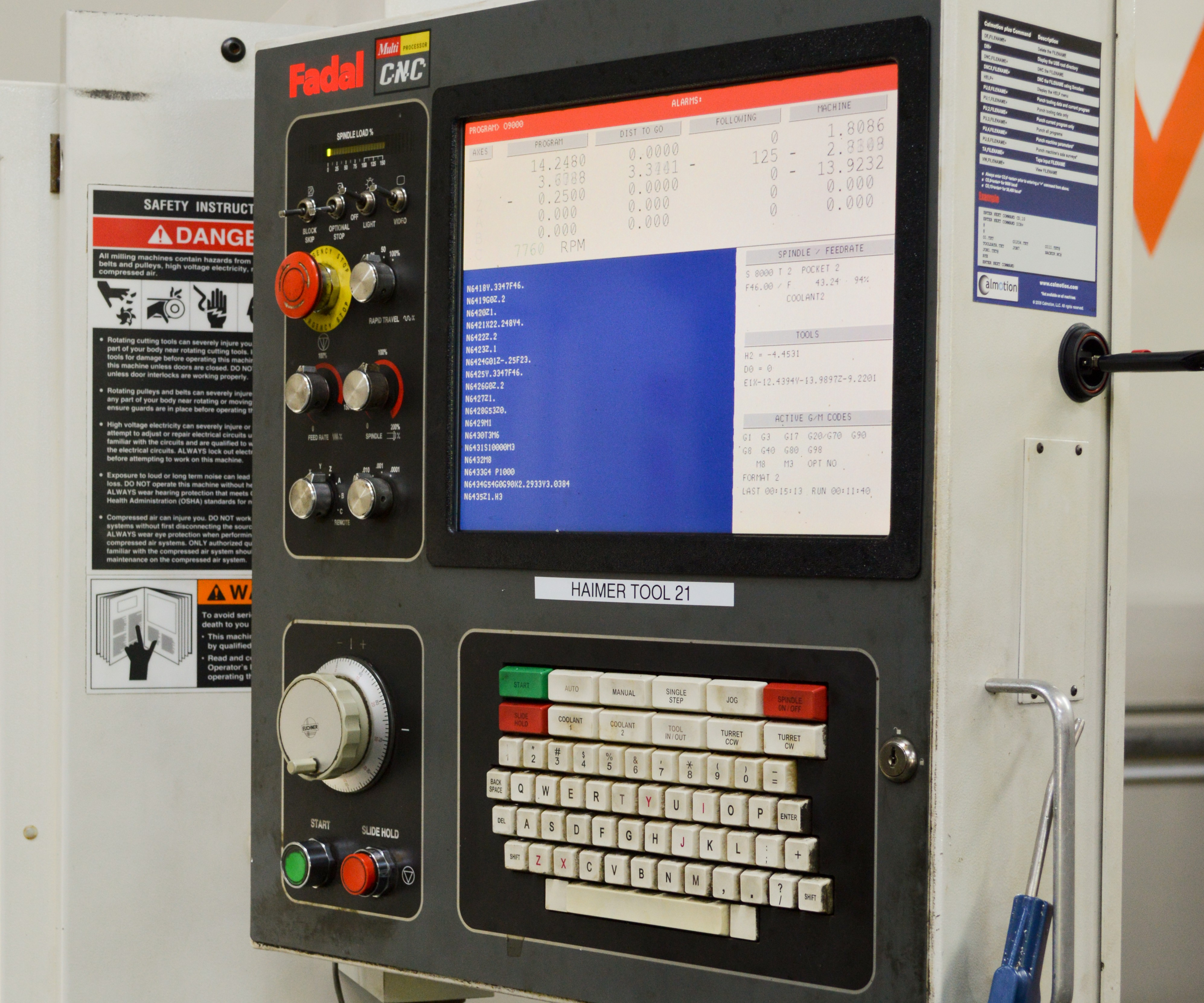 A Fadal machine with a 527F control