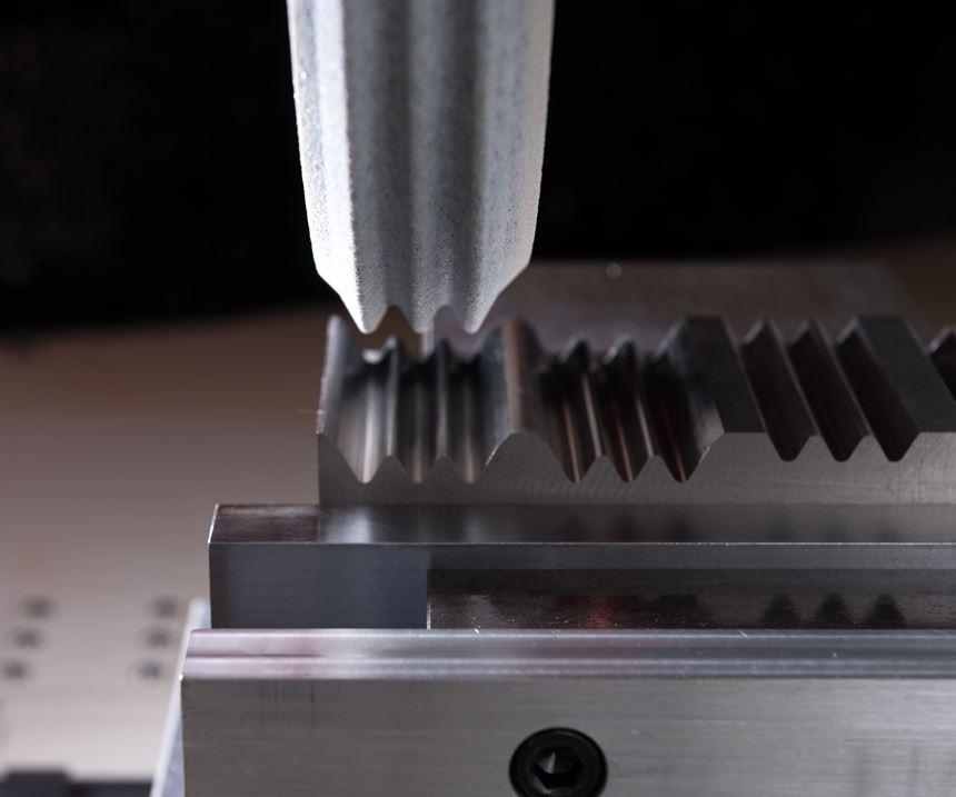 creep-feed grinding using a profiled wheel