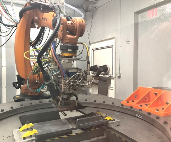 How Robots and Additive Manufacturing Work Together