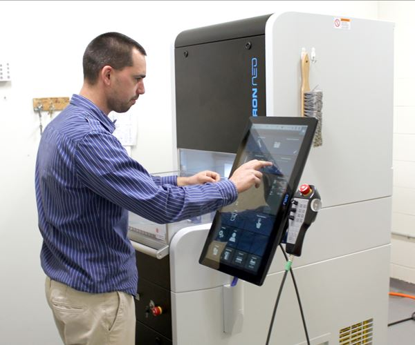 Bridging a Skills Gap with Micromachining  image