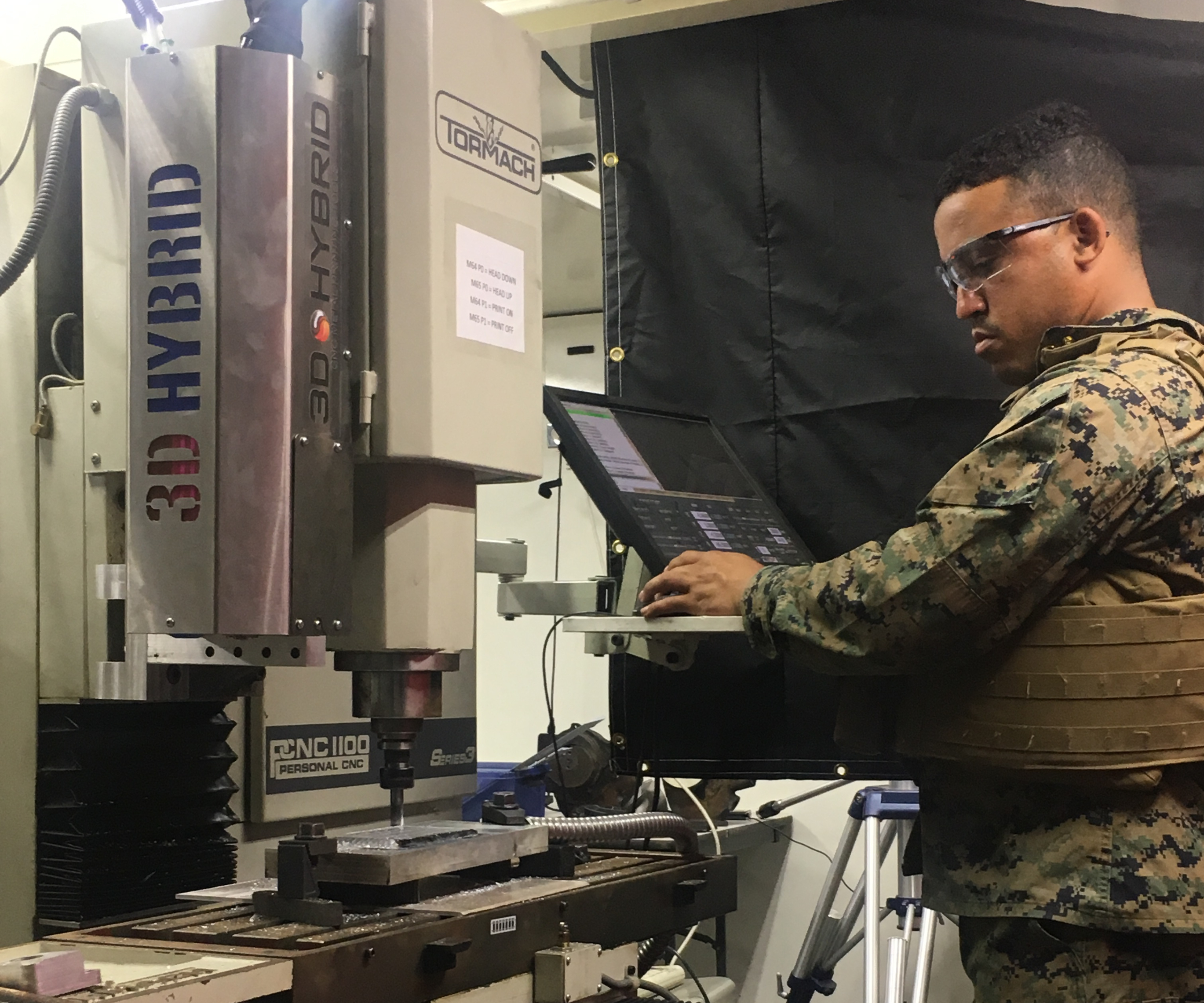 Marine using hybrid additive manufacturing