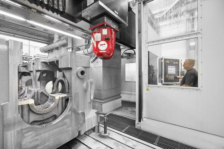 Seek se alegra de ya no tener que volver a apretar la pieza de trabajo varias veces durante el mecanizado completo de un cárter de 50 toneladas hecho de hierro fundido dúctil (GGG-40).
