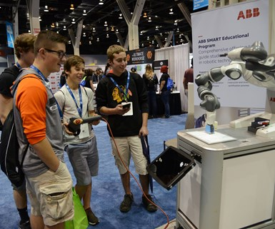young people with technology at IMTS 2018