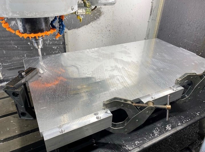 Aluminum plate in a machine tool