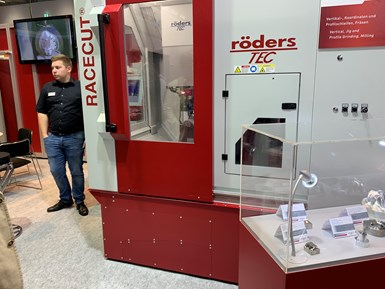 Roeders demonstrated high speed precision 5-axis machining at Formnext