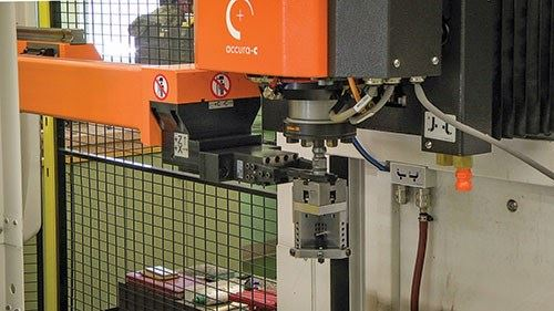 System 3R robot loads holder with electrode into GF AgieCharmilles EDM