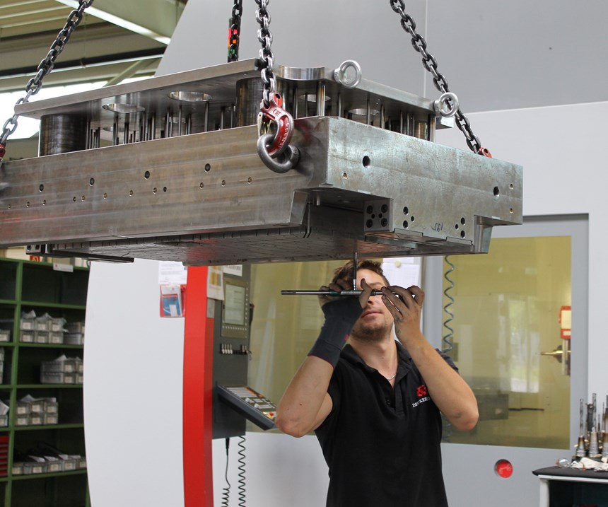 Moldmaking at Deckerform Production Systems in Germany