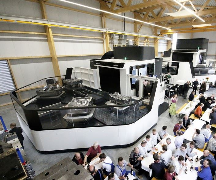 DMC 270 U and DMC 210 U from DMG MORI at Schweiger Formenbau