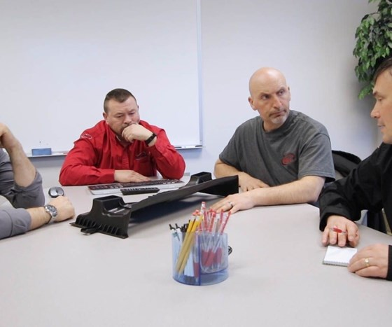 Team meeting at Maximum Mold Group