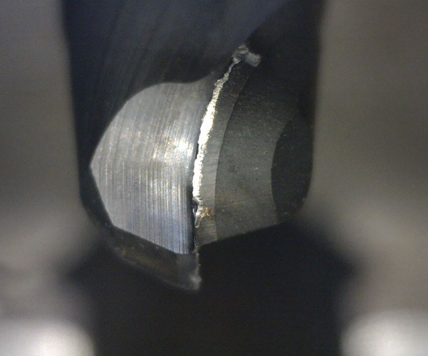 worn tip of cutting tool
