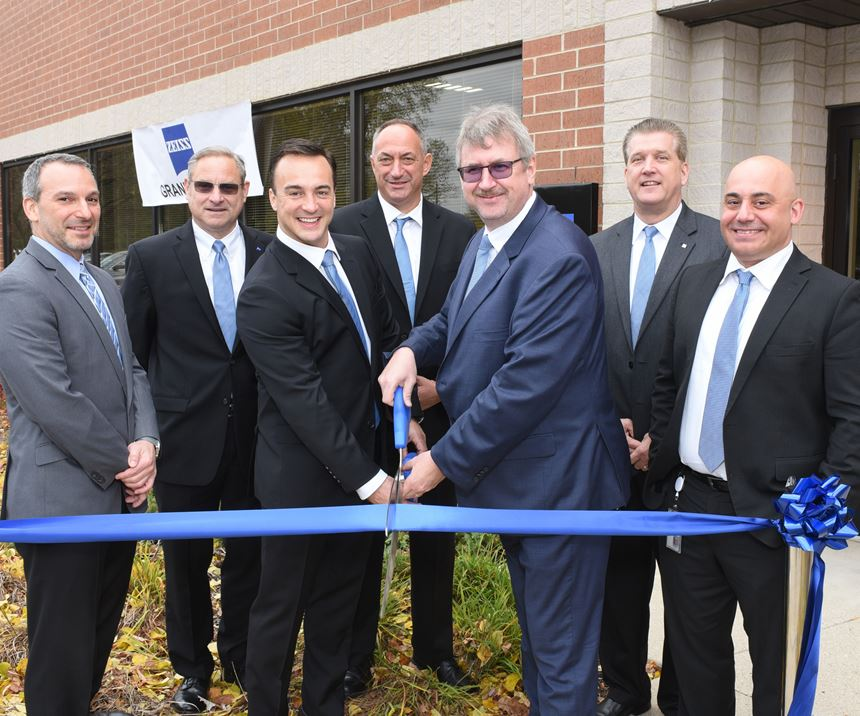 Zeiss ribbon cutting ceremony