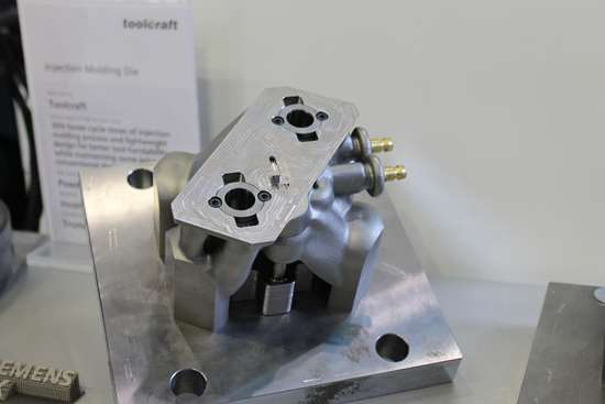 Topology-optimized injection mold by Toolcraft