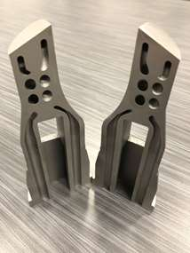 Mold cores built by 3D printing H13
