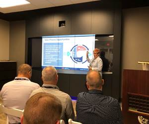 Laurie Harbour speaking at the Makino Technology Expo 2019