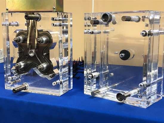glass hot runner demo piece
